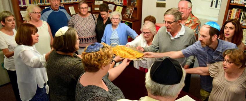 Shabbat Service Motzi
